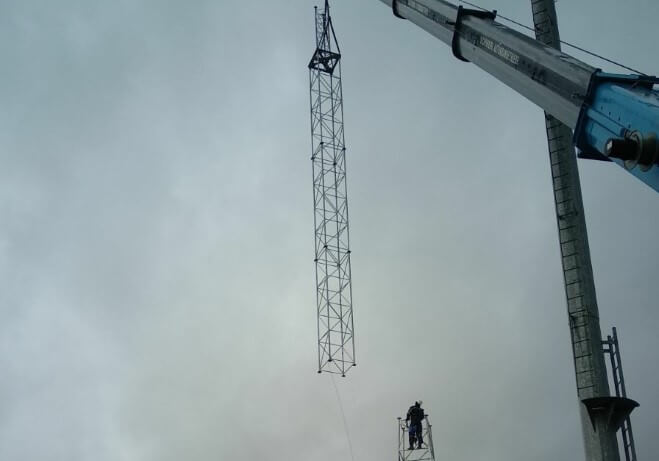 New ITSwisp Mast in Long Stratton - Broadband Project South Norfolk